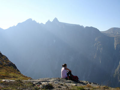 student-on-a-norwegian-mountaintop