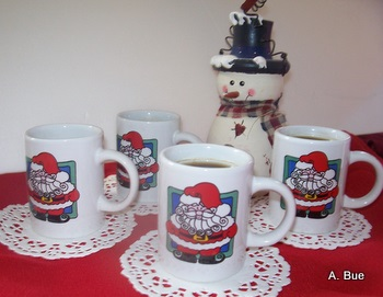 glogg in christmas cups