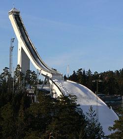 holmenkollen-skijump-oslo-norway