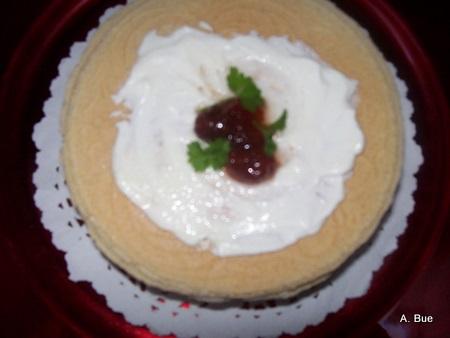 krumkaker with whipped cream and strawberries