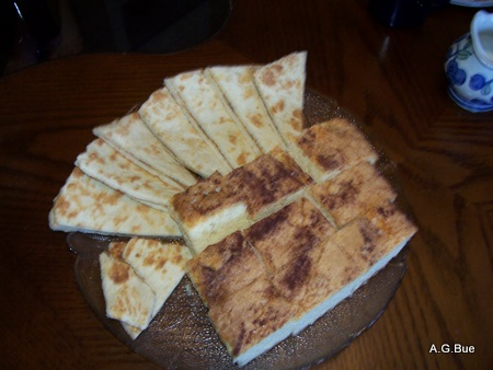 lefse-and mor-monsen-cake