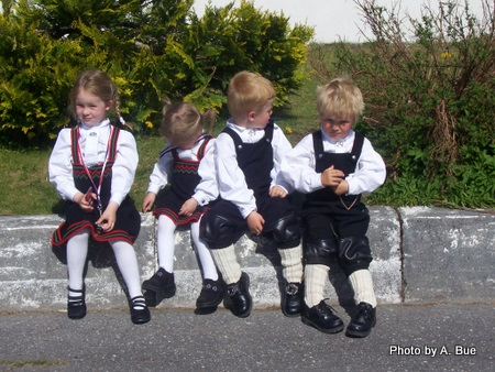 norwegian children in national costumes