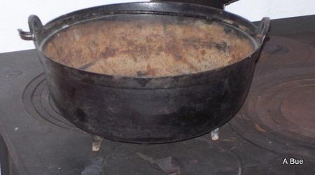 old norwegian iron pot