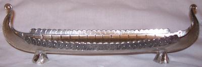 miniature-viking-long-ship-made-in-pewter