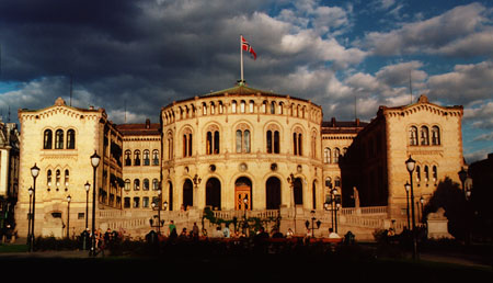 the-parliament-building-olso